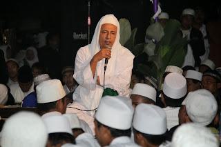 Maulana al-Habib M. Luthfi bin Ali bin Hasyim bin Yahya