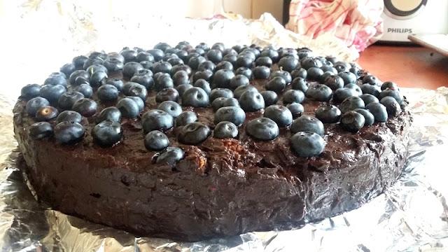 veganza; wegański tort; wegańskie ciasto; tort czekoladowy