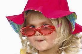 bayi pakai kacamata lucu