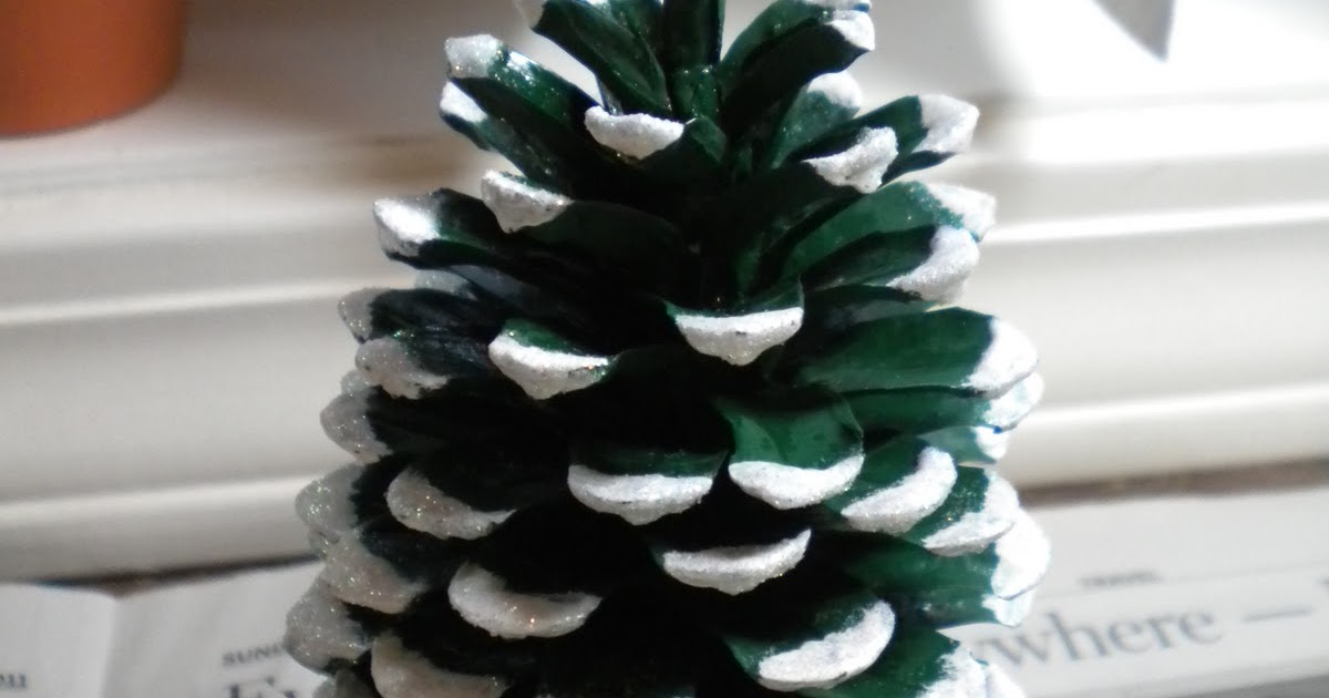 Crafter 39 s delights tutorial pine cone christmas tree for Pine cone christmas tree craft