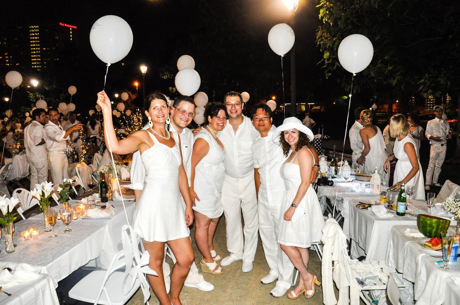 Le d ner en blanc paris pressamedia for Diner dans un jardin paris
