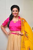 Sri Mukhi glamorous photo shoot-thumbnail-7