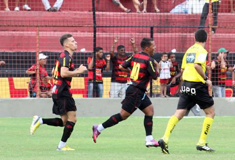 Blog de belojardimfc : noticias de futebol de pernambuco e do mundo, PE 2013: Sport 4x2 Ypiranga. '' O Sport está na final mais uma vez''