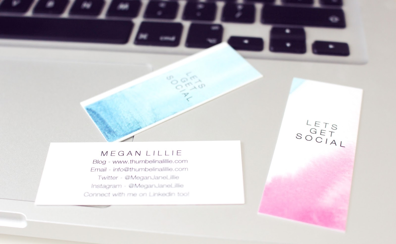 Blogging | 5 Reasons Business Cards Are Awesome - Thumbelina Lillie