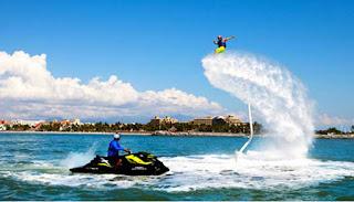 yaitu olahraga air yang sedang ekspresi dominan ketika ini digemari oleh banyak orang yang suka akan  FLYBOARDING, OLAHRAGA EKSTRIM MEMACU ADRENALIN
