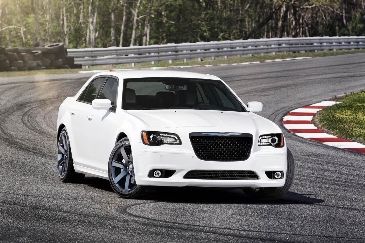 Cars Journal: 2012 Chrysler 300 SRT8