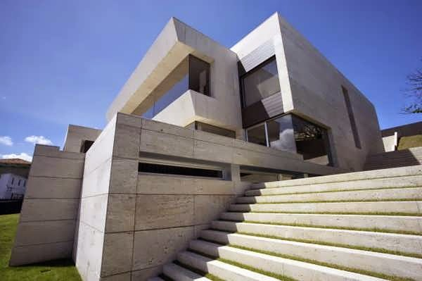 ULTRA-CONTEMPORARY CONCRETE AND GLASS HOUSE DESIGN WITH ...