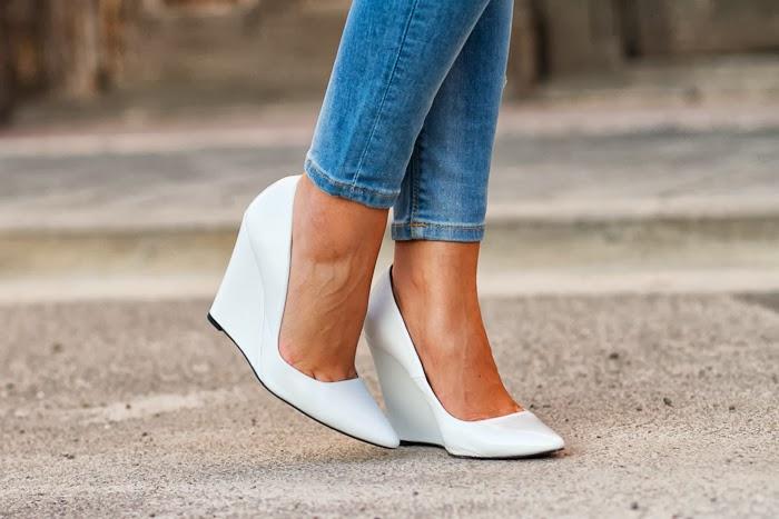 Zapatos Blancos de Cuña de Zara