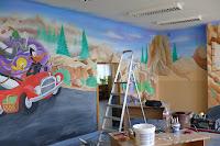 Pomysł na pokój dziecięcy, aranzacja ściany w bajkowym motywie, Toruń