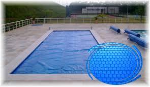 Capa térmica de piscina