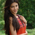 Sruthi Hassan from 7th Sense in Sleeveless Churidar Photos