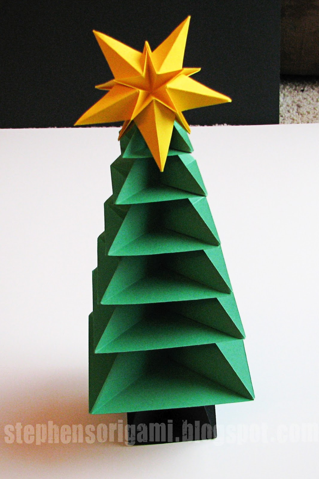 How To Make 3d Christmas Decorations From Paper : Stephen s origami christmas tree tutorial