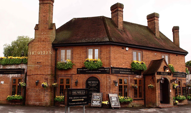HG Wells pub