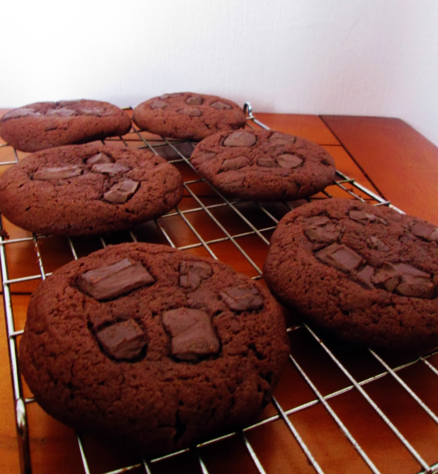 http://themessykitchenuk.blogspot.co.uk/2014/02/chocolate-chunk-cookie.html