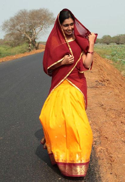 ela cheppanu (kozhi-koovuthu) movie heroine sreeja roj photos5