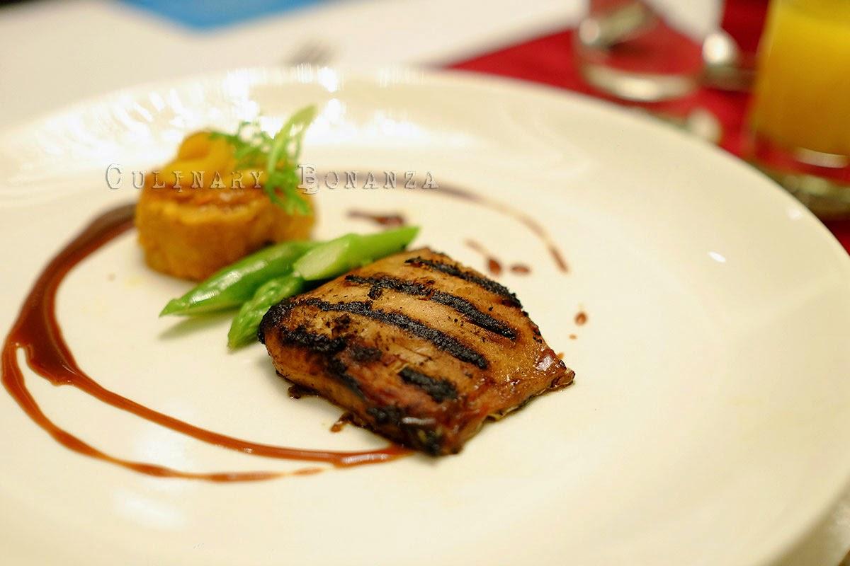 Grilled milkfish belly tocino crab roe risotto Inihaw na tiyan ng bangus tocino, taba ng talangka risotto