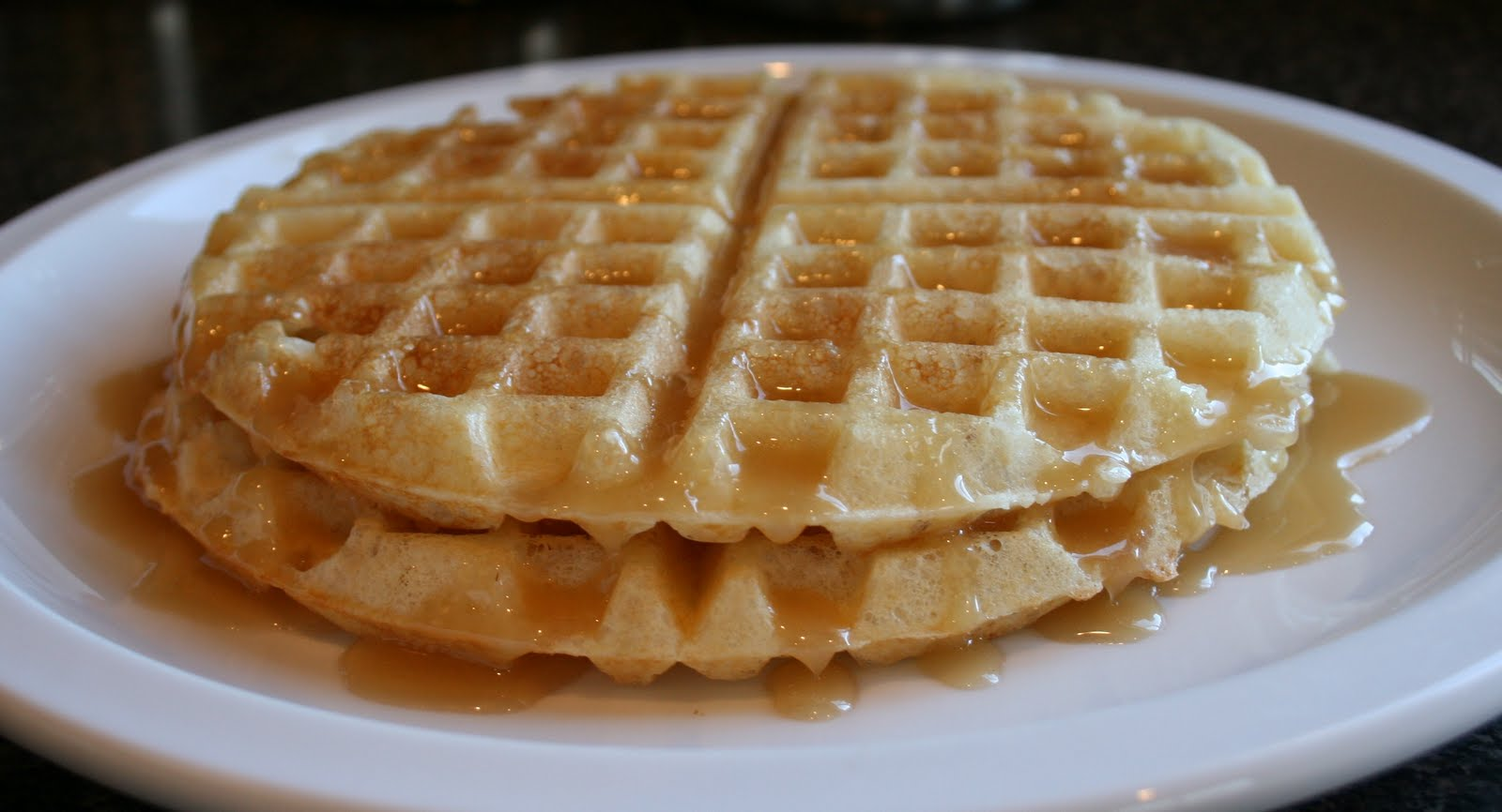 BREANNA'S RECIPE BOX: The Best Waffles Ever!