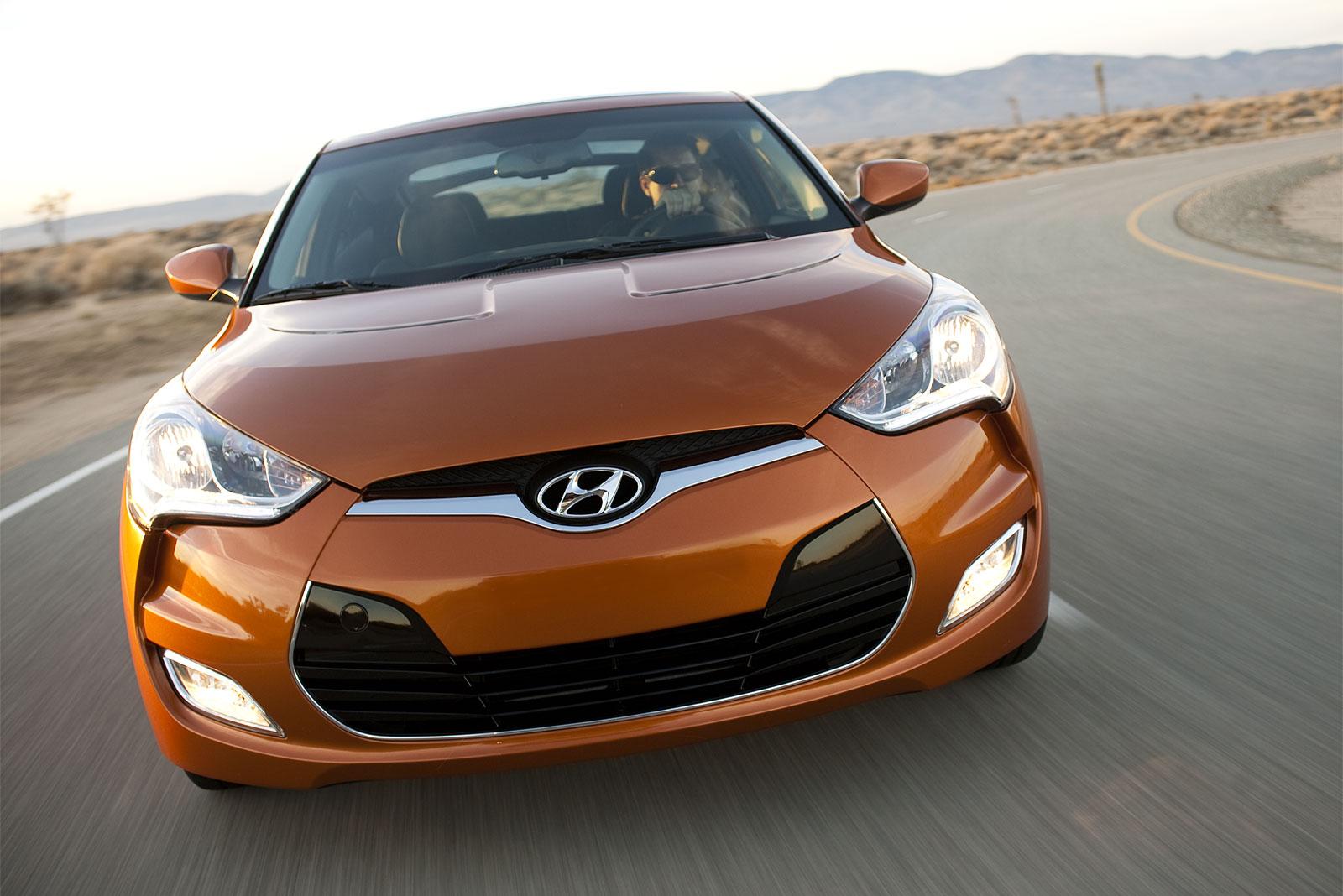 http://2.bp.blogspot.com/-g1TzjGZ4jeA/T-FdtLcOJwI/AAAAAAAADqY/eYe4i6pBcII/s1600/Hyundai+Veloster+hd+Wallpapers+2012_4.jpg