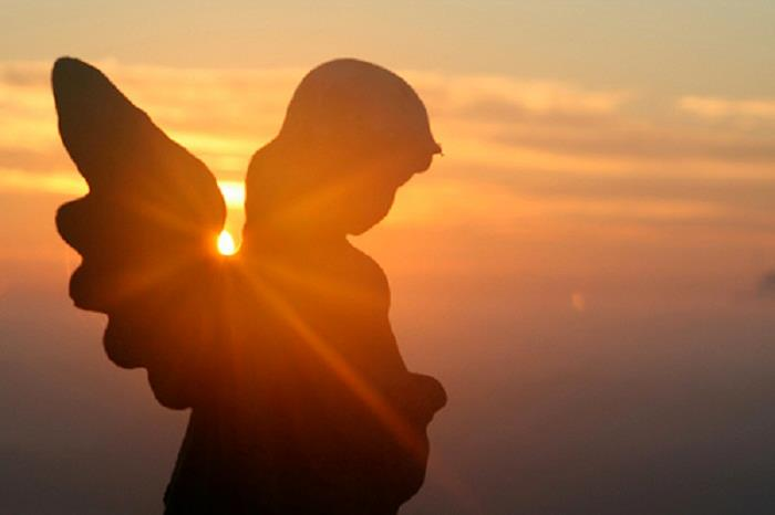Kuvahaun tulos haulle enkeli