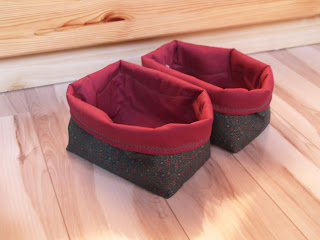 Textil tároló varrása