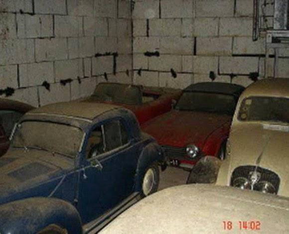اشترى منزلاً فوجد أكثر من 180 سيارة في مزرعته!
