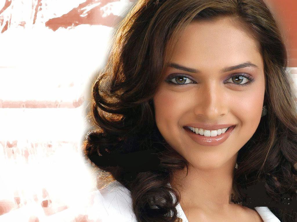 Deepika Padukone smile nice wallpaper