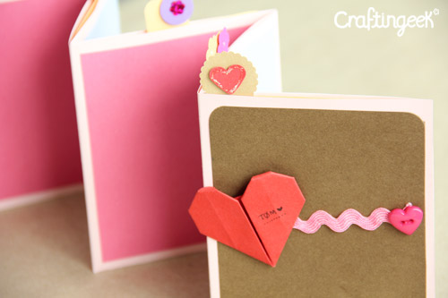 Craftingeek*: Pocket Stand-up Album: Scrapbook de Amor y amistad