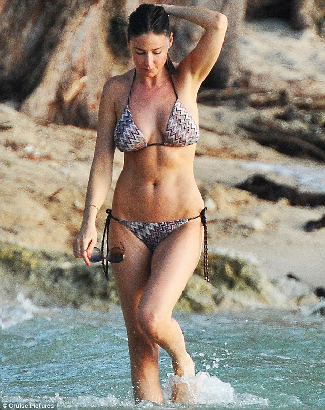 wallpaper bikini lisa snowdon - photo #15