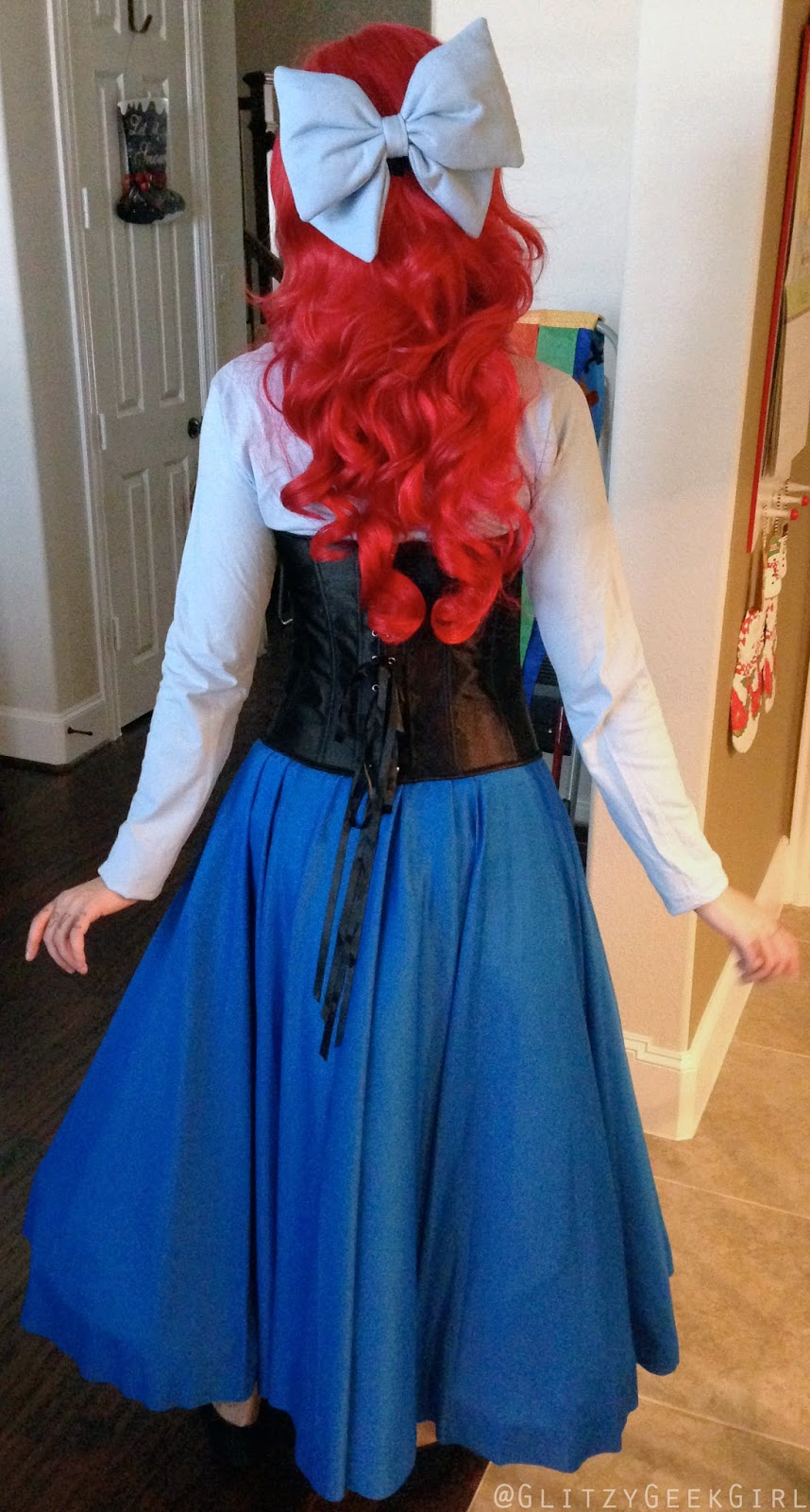 Omglitzy tutorial the little mermaid ariel cosplay i purchased my hair bow from angivipers etsy store this is the puffy version it attaches with a clip and was shipped very quickly solutioingenieria Choice Image