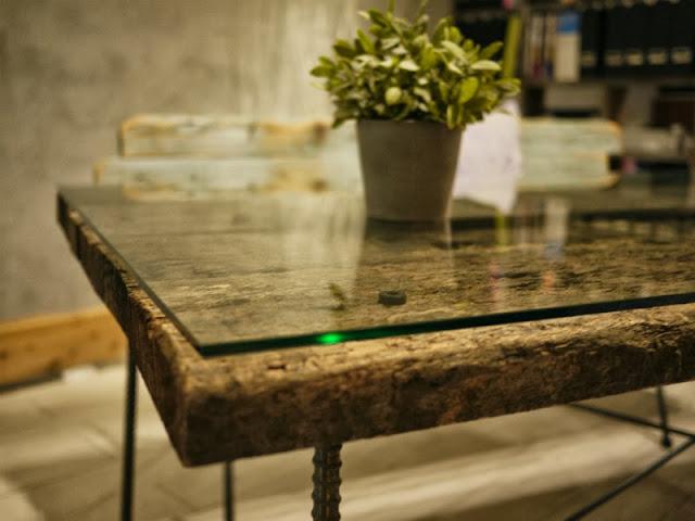 枕木テーブル ユーカリ 中古 ガラス