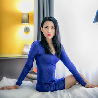 Beautiful Woman - Shangri-La