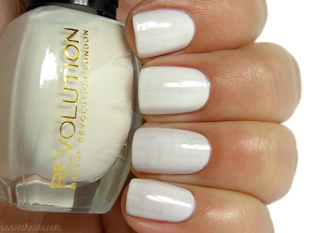 Makeup Revolution Nail Polish - Luxury Cream