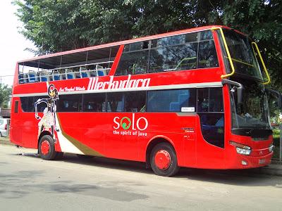 Bus tingkat Solo werkudoro