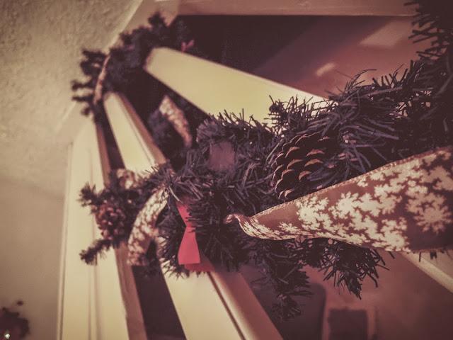 Easy to make christmas garland