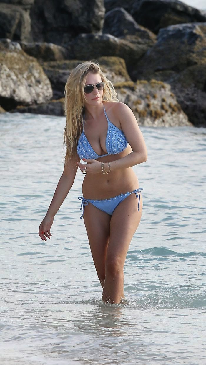 April Summers wears a Blue Bikini at Barbados on Monday,‭ ‬April‭ ‬14,‭ ‬2014