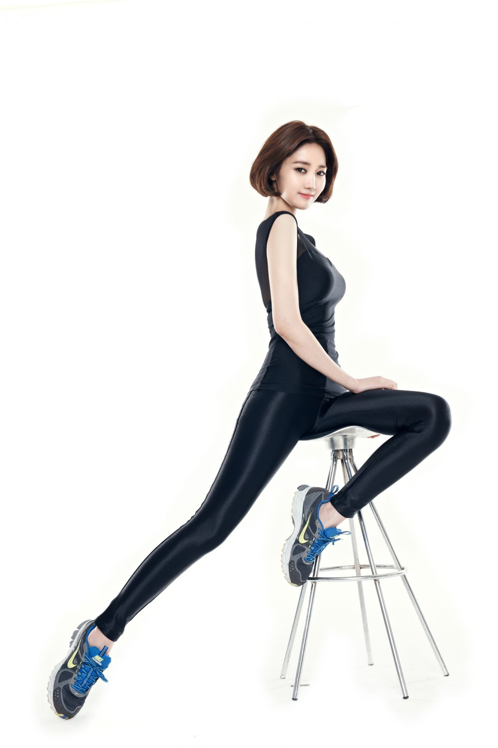 Go Jun Hee Wallpaper Ko joon-hee - miero photoshoot: galleryhip.com/go-jun-hee-wallpaper.html