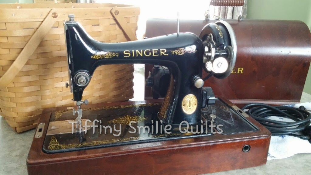 Smilie Mommy Quilts 40 March My First Antique Vintage New Unique Sewing Machine Used On Sewing Bee 2015