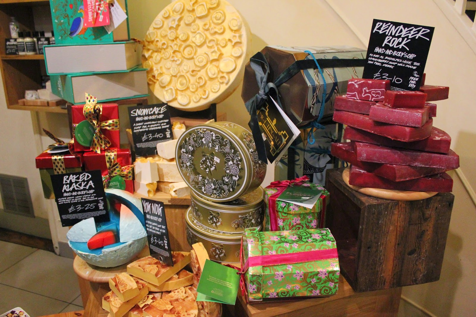 lush-beauty-bath-christmas-present-ideas-event