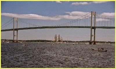 Puente Claiborne Pell Newport