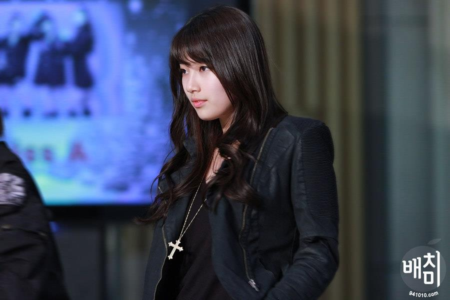 "#2 BAE SUZY PHOTO ""2012 SAMSUNG CHARITY EVENT"""
