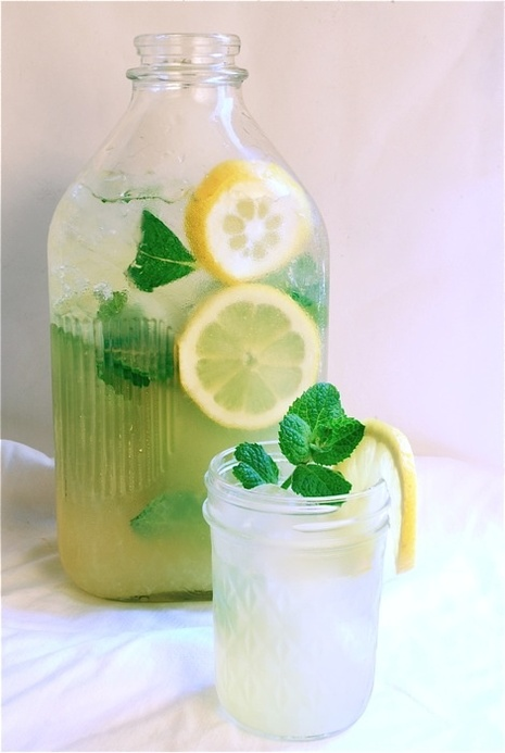 Cast Iron Cooks of the West: Mint Lemonade...