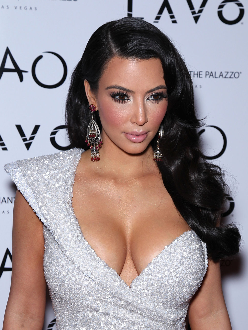 Kim Kardashian S Wallpaper Pictures