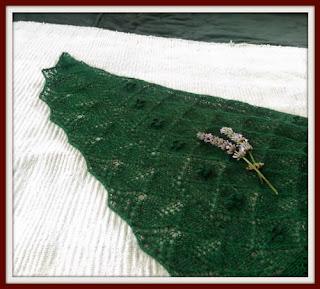 knit shawl detail