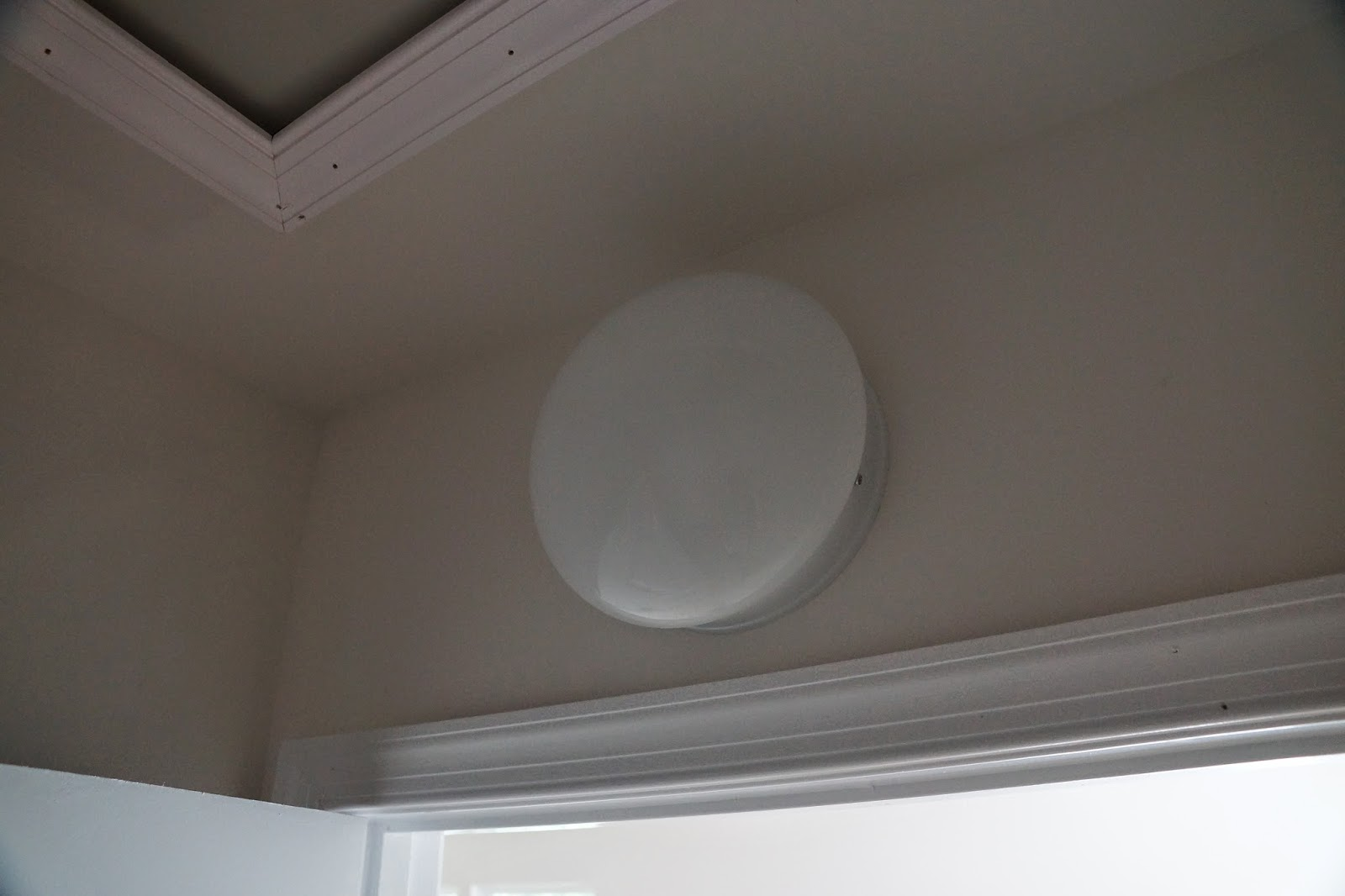 A picture of the simple dome light fixture used in closets