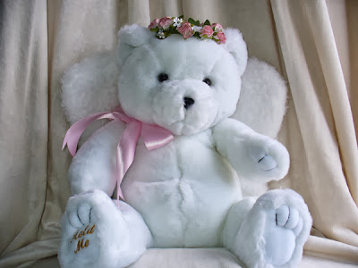 white_cute_teddy_bear