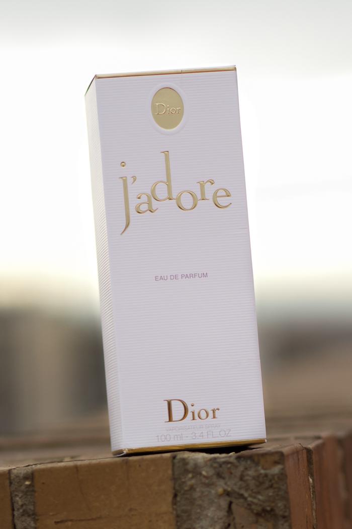 Perfumes Favoritos de Mujer marca Dior J'Adore