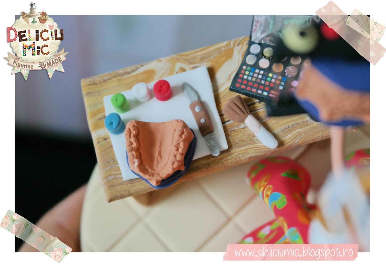 model dentar in miniatura