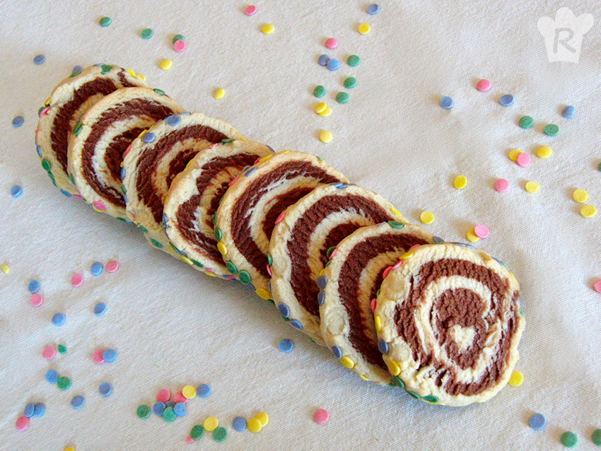 Galletas en espiral con confetti