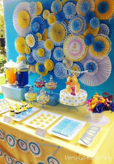 rubber ducky party decor