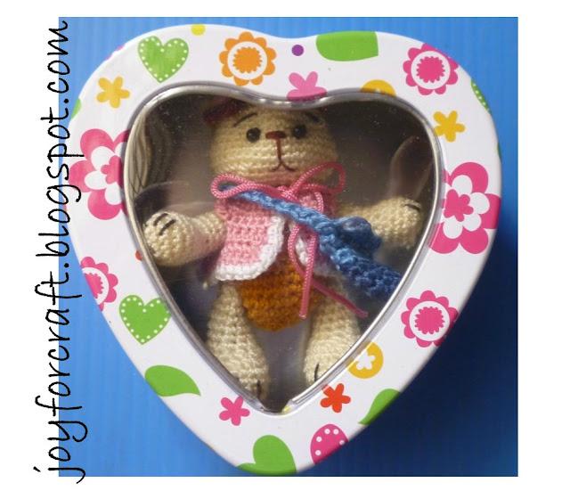 crochet miniature bear thread design pattern cute blouse bag gift lovely gift handmade